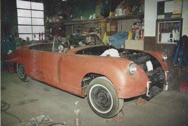1_white_car_auto_body_repair_before